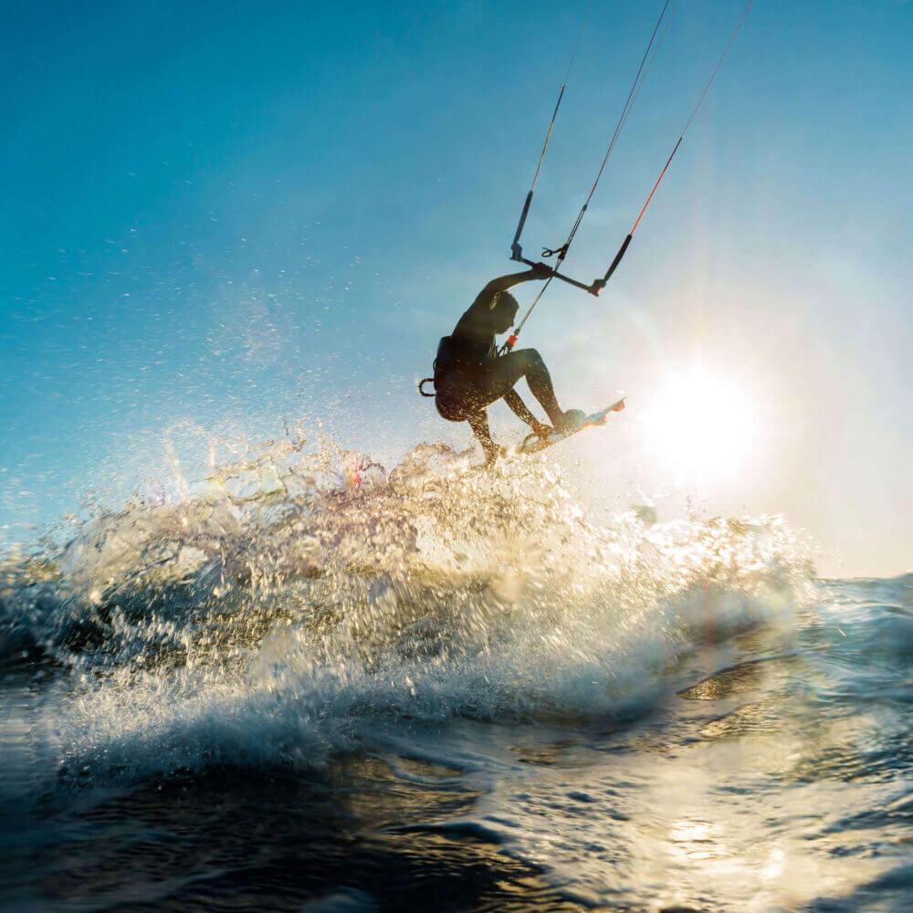 A Lagoa de Albufeira tem condições fantásticas para o kitesurf
