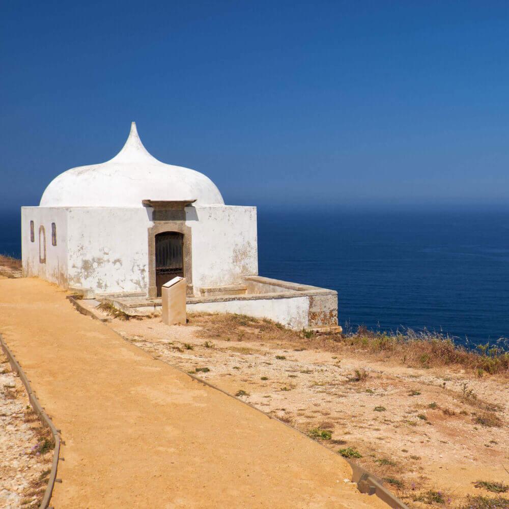 Ermida da Memoria no Cabo Espichel, Portugal